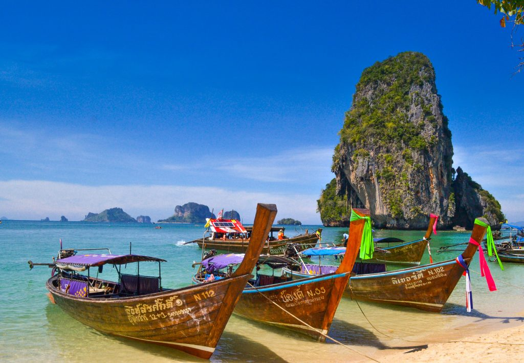 Find out which Asian countries plan to open up their borders for international tourism - Thailand