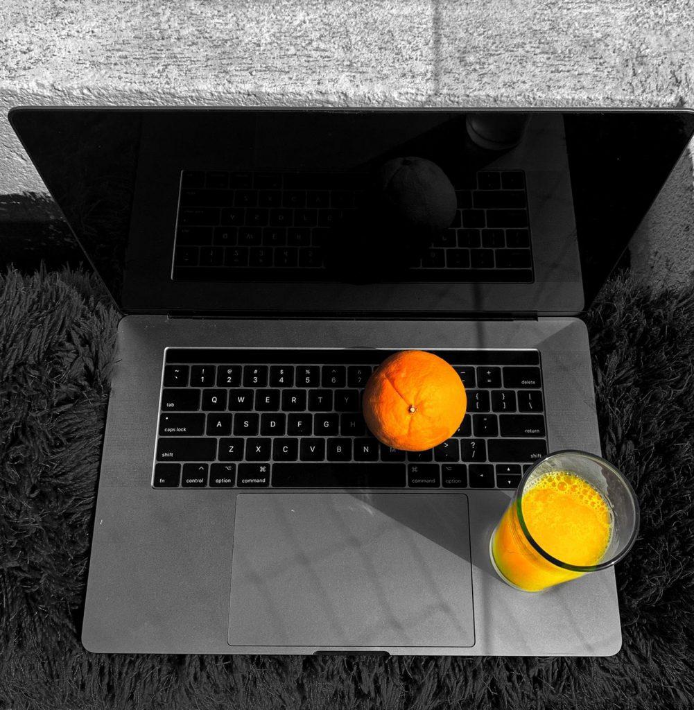 macbook pro laptop broke down