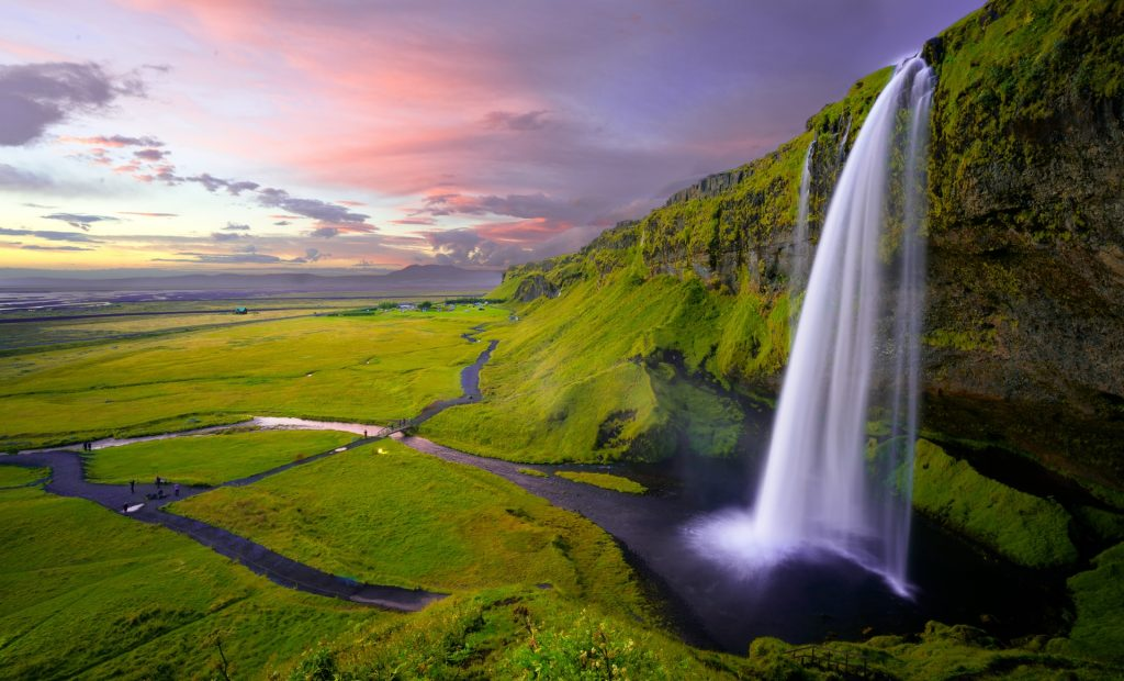 Find out the European countries that are open and which require a COVID-19 test prior to arrival - Iceland